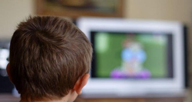 Etude sur la corrélation entre exposition à la télévision et le niveau de langage des enfants
