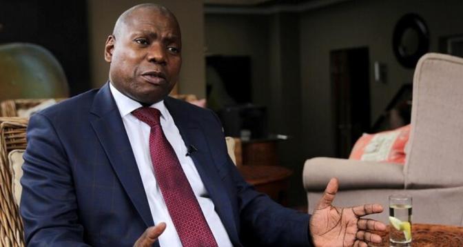 جنوب إفريقيا.. توقيف وزير الصحة عن العمل إثر فضيحة فساد