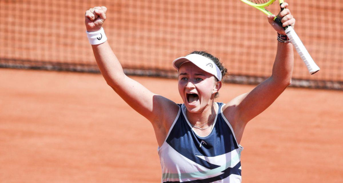 Roland-Garros: Krejcikova en demi-finales pour la première fois