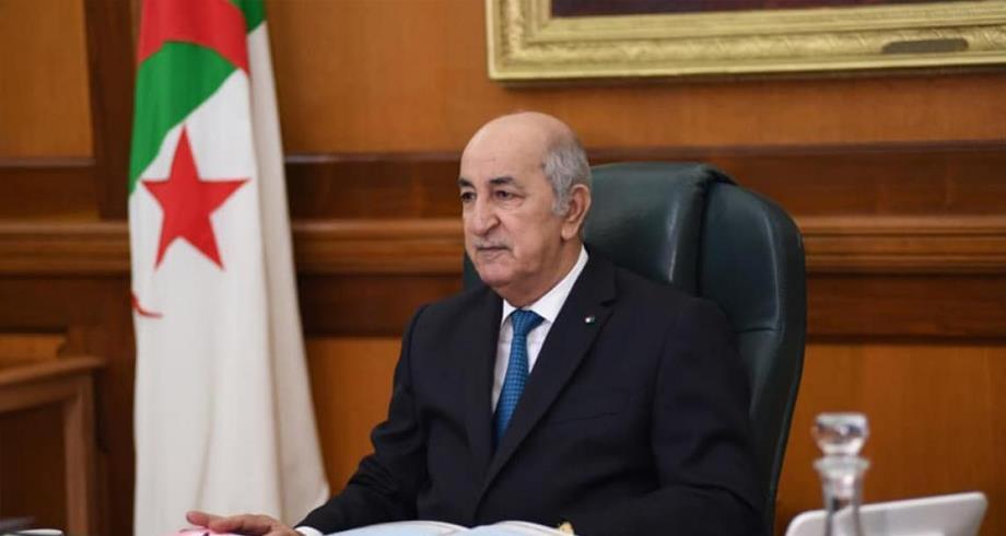 جامعي جزائري : نظام حكم الجزائر يرتكز على مركزية الجيش، الاستبداد والتزوير الانتخابي