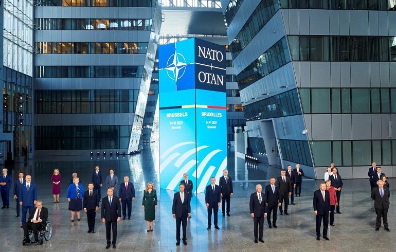 حلف شمال الأطلسي يعرب عن قلقه من التحديات التي تطرحها الصين وروسيا