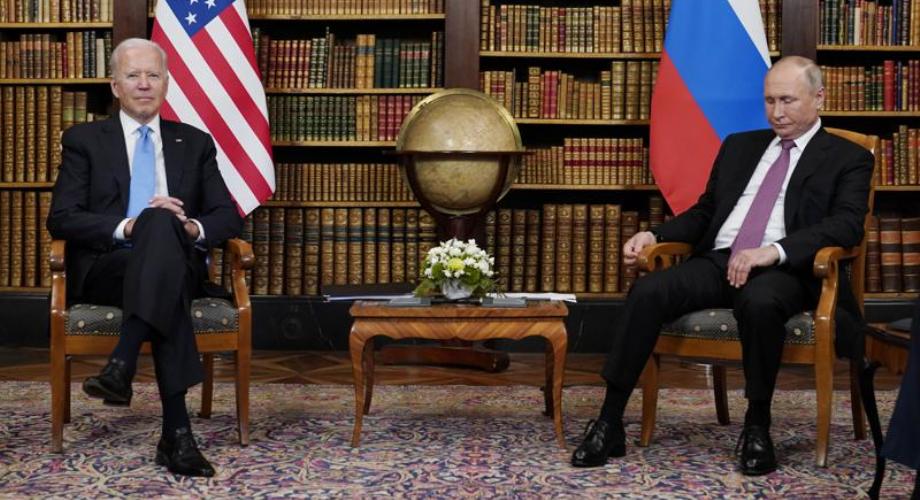 """بايدن: نبرة المحادثات مع بوتين كانت """"جيدة"""" و""""إيجابية"""""""