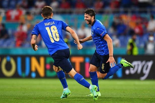 كأس أوروبا ..إيطاليا تضرب بالثلاثة مجدداً وتحجز أولى بطاقات ثمن النهائي