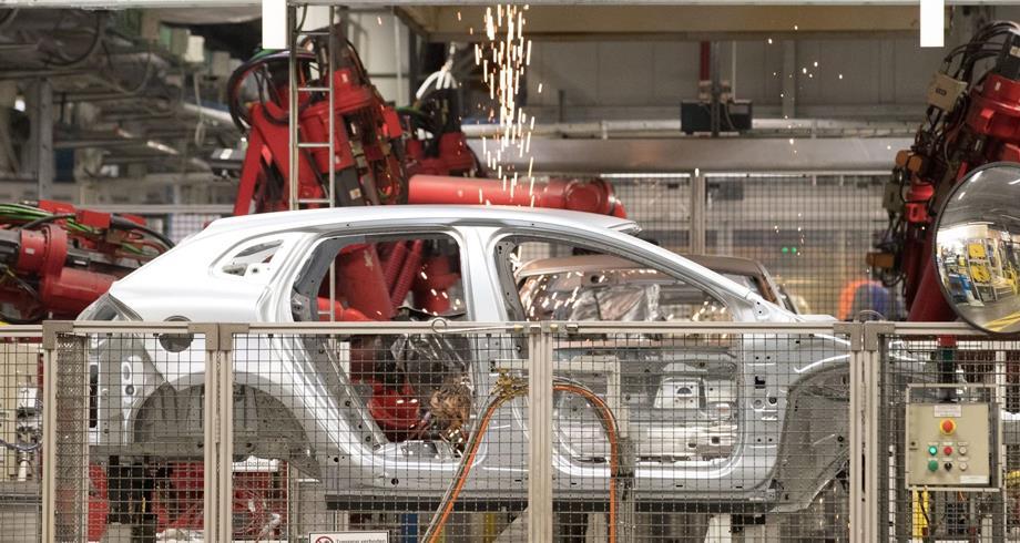 توقف الإنتاج بمصنعين كبيرين للسيارات ببلجيكا بسبب نقص الرقائق الإلكترونية