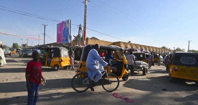 النيجر .. إعادة فتح الحدود البرية المغلقة منذ مارس 2020 بسبب الجائحة