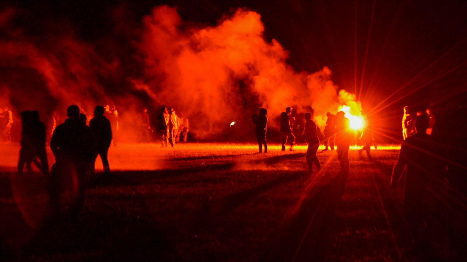 جرحى خلال تفريق الشرطة حفلا صاخبا في غرب فرنسا