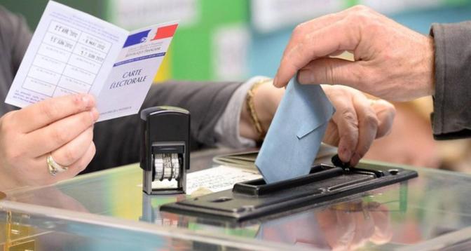 Les Français aux urnes pour un double scrutin régional et départemental