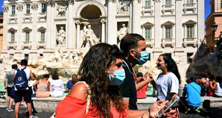 إيطاليا تلغي إلزامية وضع الكمامات في الهواء الطلق اعتبارا من 28 يونيو