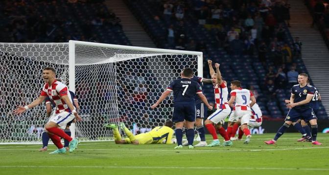 Euro 2020: la Croatie bat l'Ecosse et passe en huitièmes