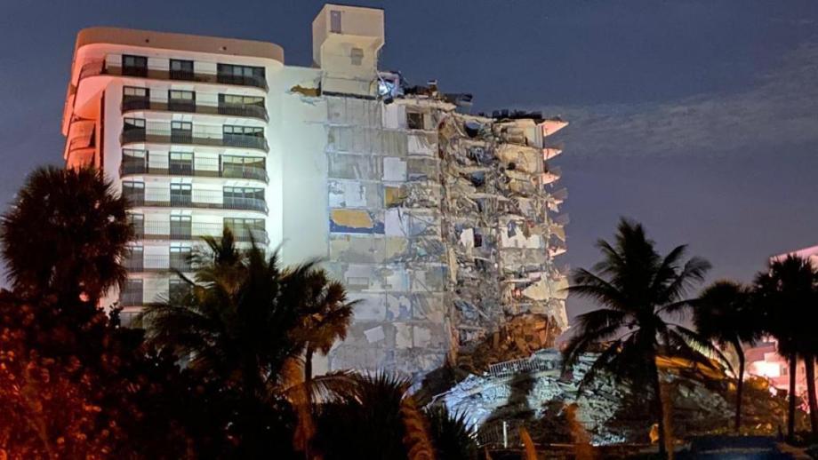 USA: Au moins un mort dans l'effondrement d'un immeuble résidentiel près de Miami