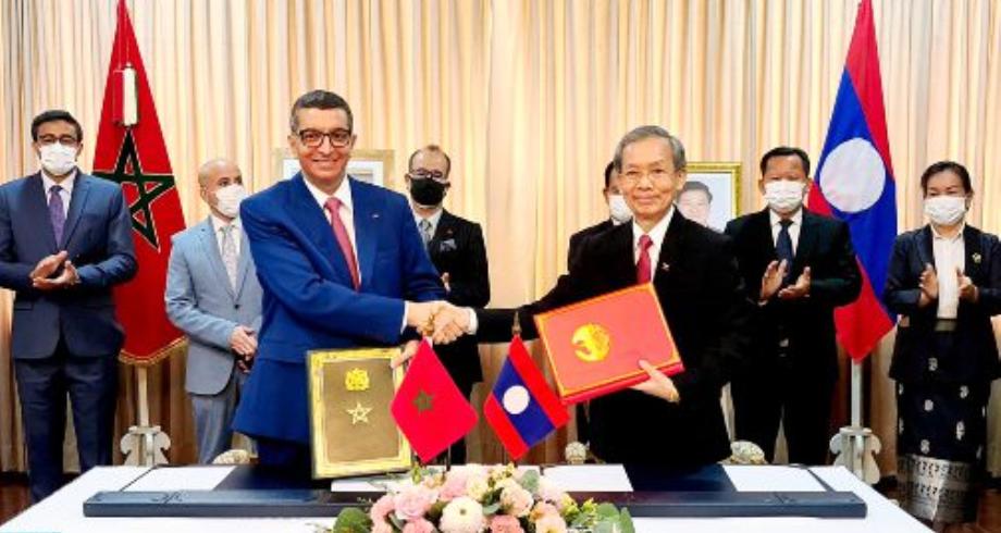 التوقيع على اتفاق بين المغرب ولاوس يتعلق بإلغاء التأشیرة لحاملي الجوازات الدبلوماسیة الرسمیة وجوازات الخدمة