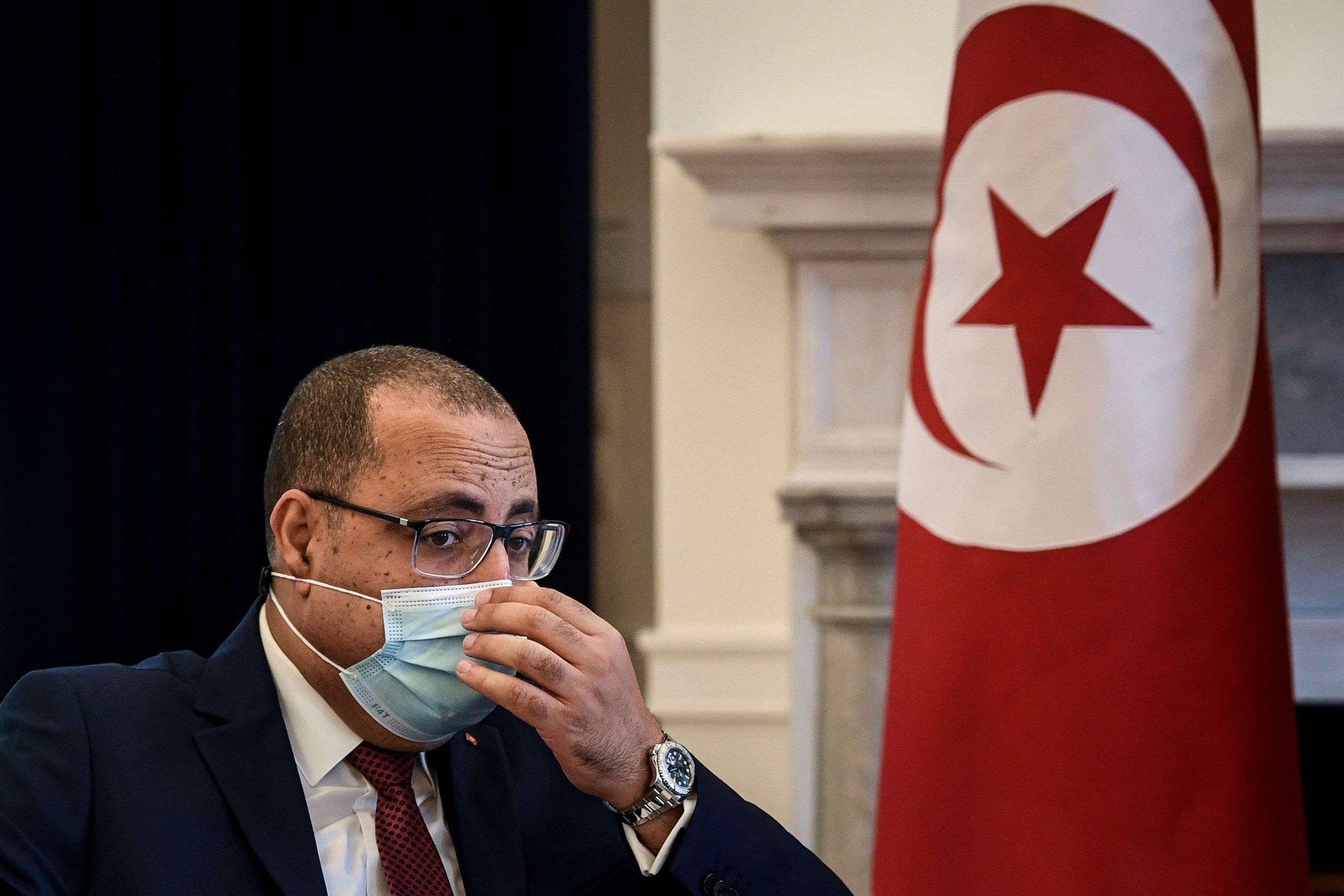إصابة رئيس الحكومة التونسي بفيروس كورونا