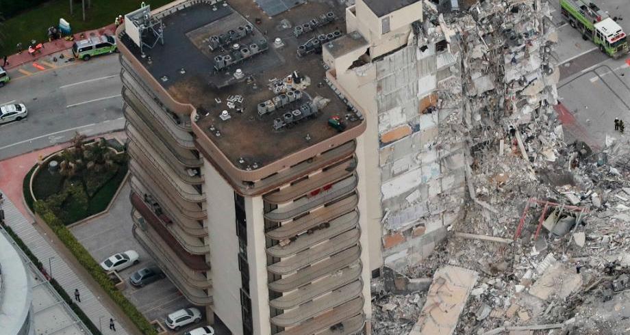 انهيار مبنى فلوريدا.. مخاوف من وقوع خسائر فادحة في الأرواح
