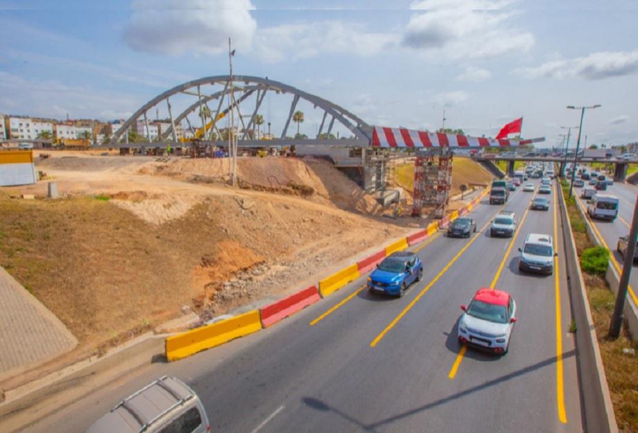 Casablanca: mise en place du pont bow-string dédié au tramway