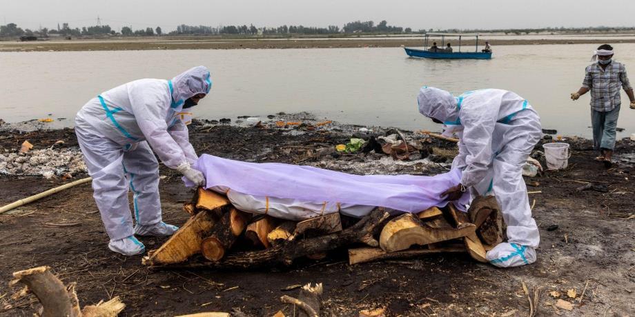 Covid-19 : quand le Gange fait resurgir les cadavres