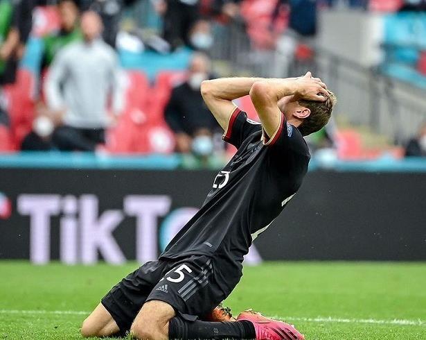 """بعد وداع """"يورو 2020"""" .. مولر يعتذر لجماهير المنتخب الألماني"""