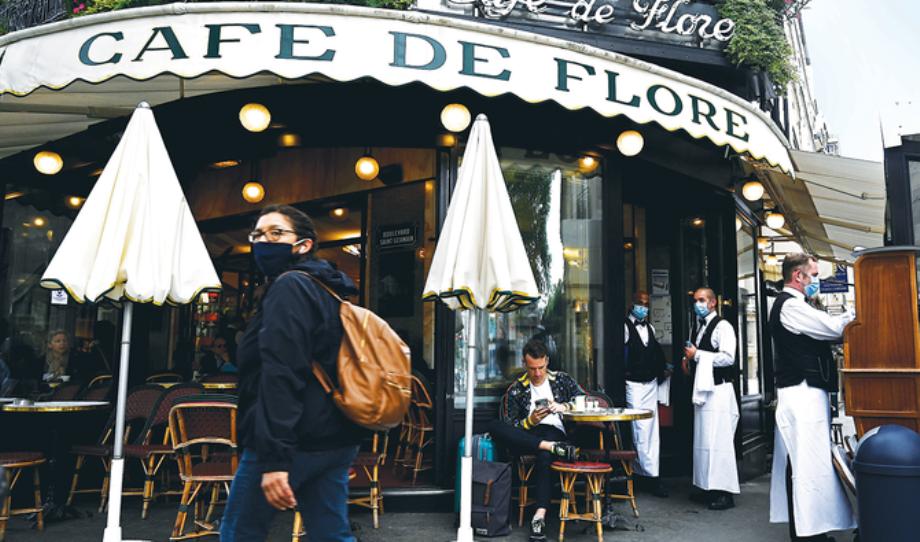 France: fin des dernières restrictions sanitaires, le variant Delta inquiète