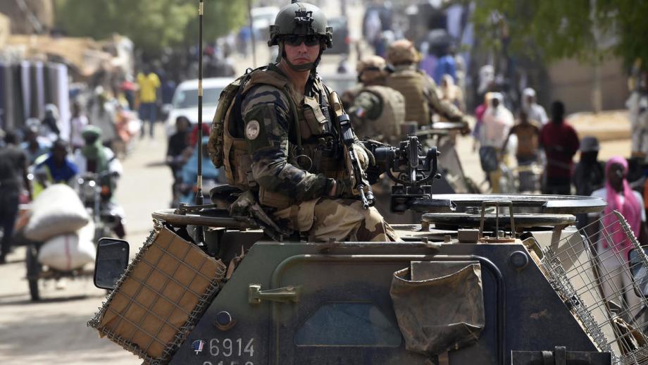 Sahel: la France annonce la reprise de sa coopération avec les forces armées maliennes
