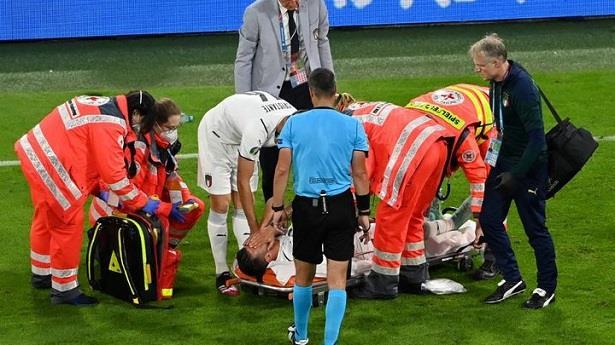 الاتحاد الإيطالي لكرة القدم يؤكد إصابة سبيناتسولا بتمزق في كاحلة