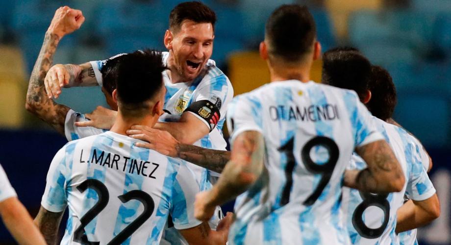 ميسي يقود الأرجنتين إلى نصف نهائي كوبا أميركا