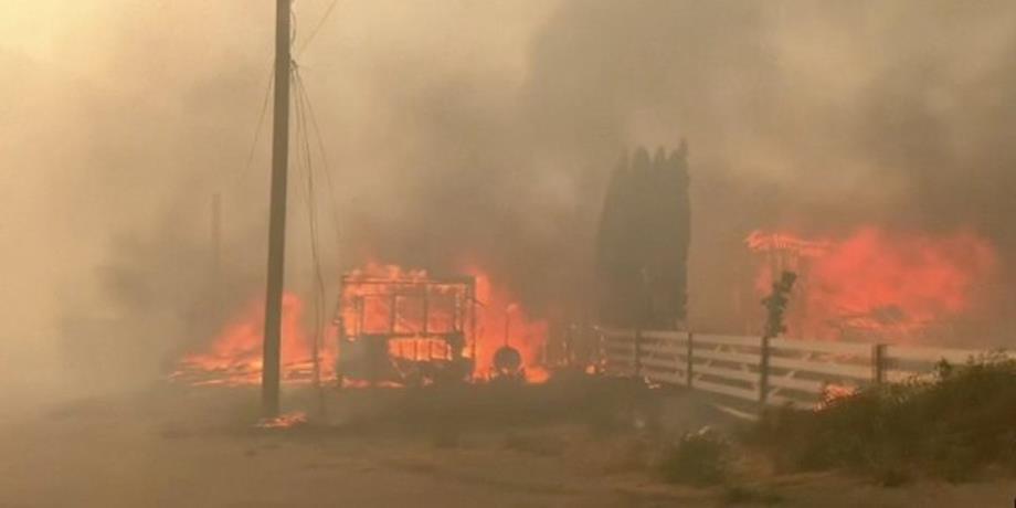 إخلاء المزيد من المنازل في مقاطعة بريتش كولومبيا الكندية مع استمرار حرائق الغابات