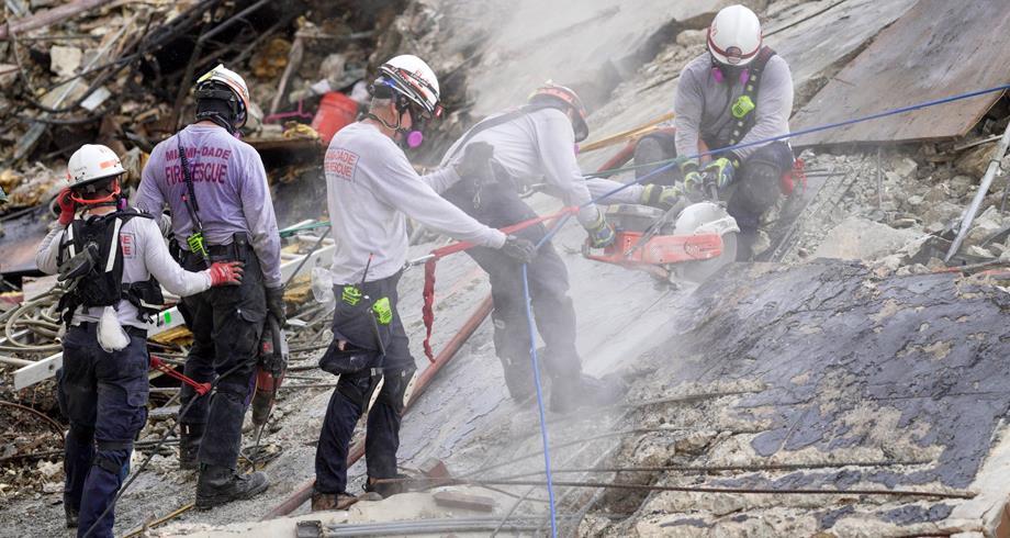 Effondrement d'un immeuble en Floride: le bilan monte à 32 morts