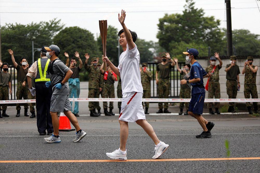 حصيلة وفيات قياسية بالفيروس في إندونيسيا وإلغاء مسيرة الشعلة الأولمبية