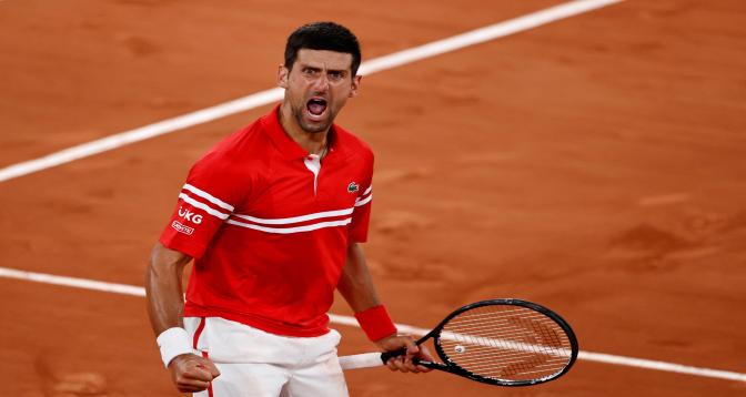 بطولة ويمبلدون لكرة المضرب: ديوكوفيتش يرحز اللقب على حساب الإيطالي بريتيني