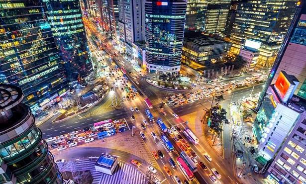 كوريا الجنوبية تعتزم منح تصريحات إقامة طويلة الأجل للأجانب ذوي المهارات العالية