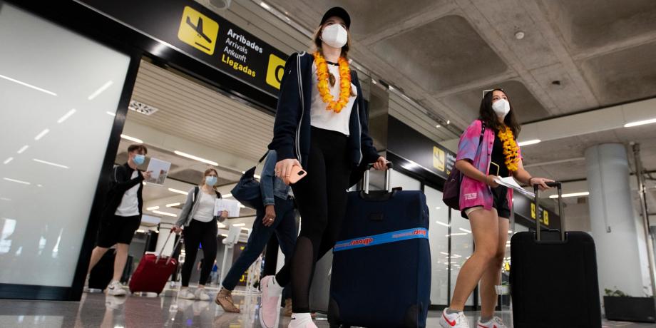 Variant Delta: la France déconseille les vacances en Espagne et au Portugal