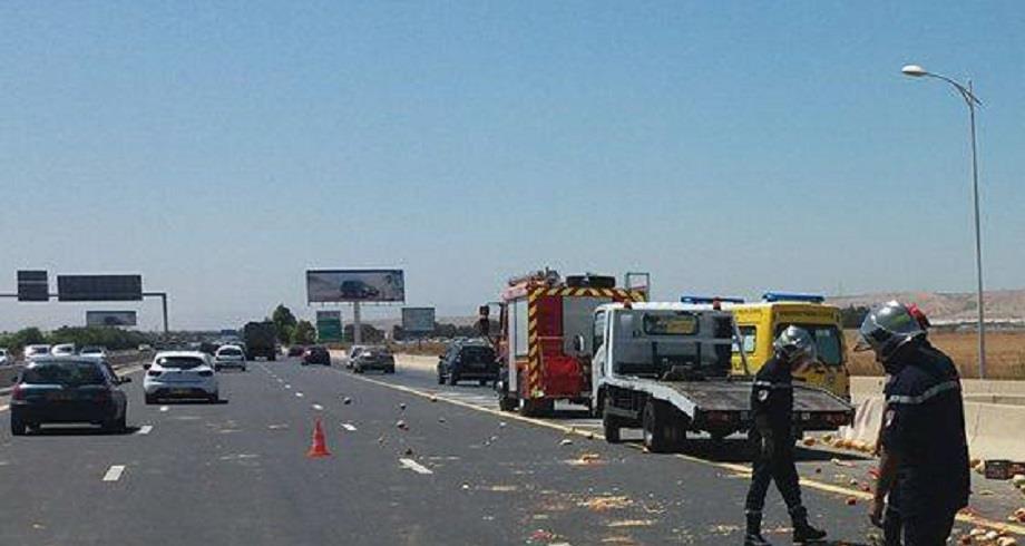 Algérie: au moins 27 morts dans deux accidents de la route en une journée