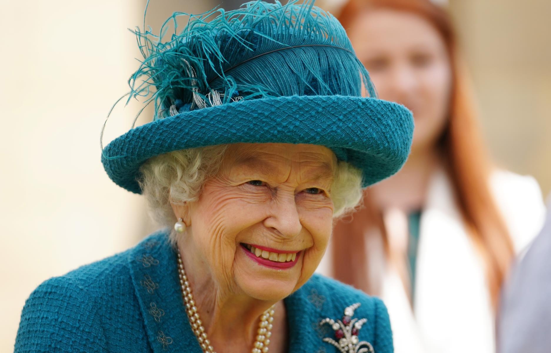 الملكة إليزابيث تتمنى حظا سعيدا لإنكلترا في المباراة النهائية لكأس أوروبا