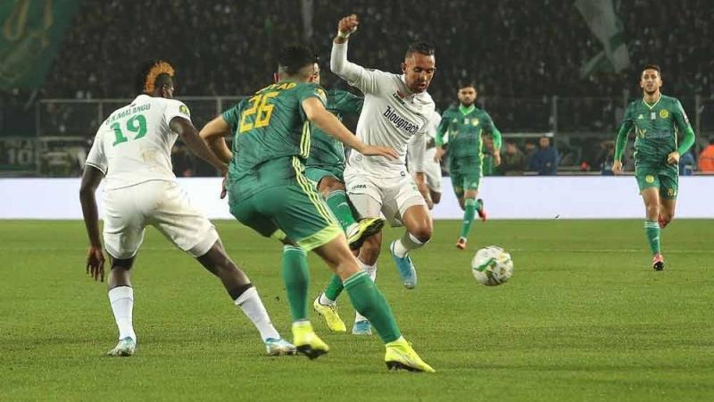 الرجاء الرياضي يتوج بلقب كأس الكونفدرالية الإفريقيةعلى حساب شبيبة القبائل الجزائري