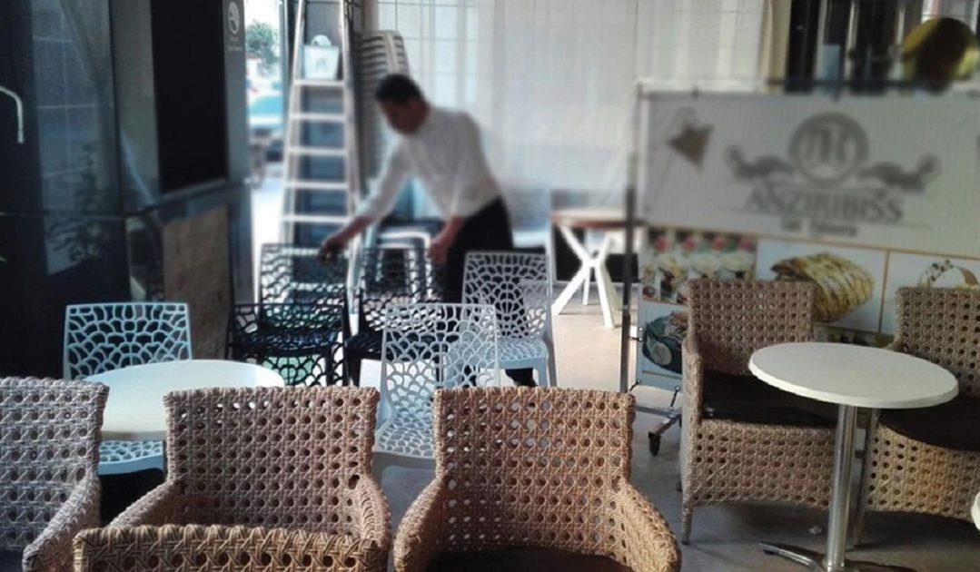 ربورتاج: أرباب المقاهي والمطاعم يبدون قلقهم من انتكاسة وبائية