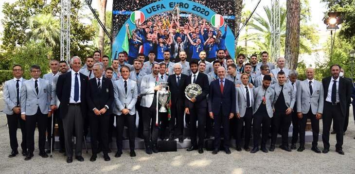 كأس أوروبا .. أبطال أوروبا يعودون إلى روما وسط حشد جماهيري