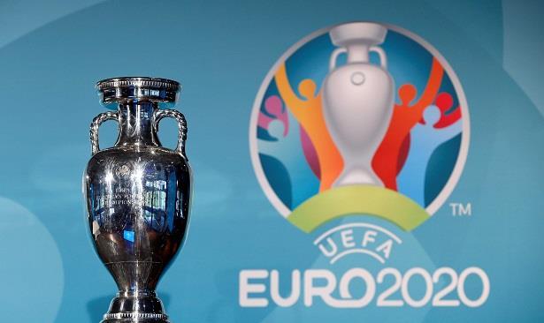 """في غياب """"الدون"""" .. """"اليويفا"""" تكشف عن التشكيلة المثالية لـ""""اليورو"""" 2020"""