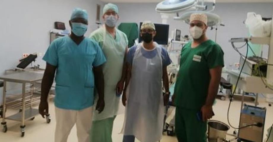 الغابون: عرض التقنيات العلاجية الجديدة في جراحة المسالك البولية بالمغرب