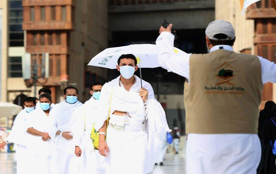 السعودية توقف 122 شخصا تلاعبوا بشهادات صحية متصلة بكوفيد قبل الحج