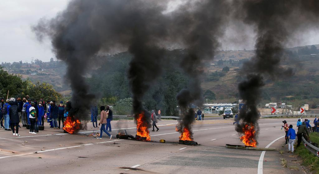 جنوب إفريقيا: فوضى وقلق..داخليا وقاريا