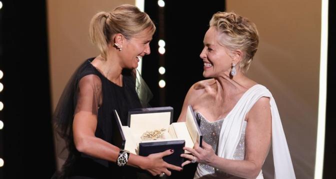 """فيلم """"تيتان"""" لجوليا دوكورنو يفوز بالسعفة الذهبية"""