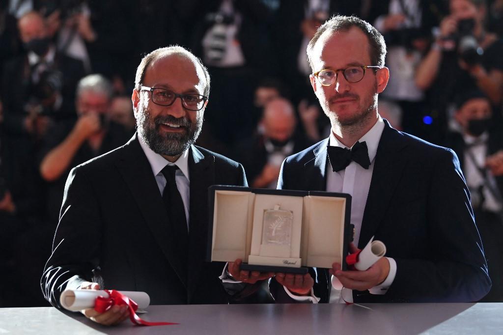 Asghar Farhadi reçoit le Grand Prix à Cannes ex-aequo avec le Finlandais Juho Kuosmanen