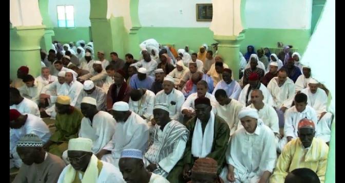 مريدو الطريقة التيجانية بمالي يشيدون بالملك محمد السادس على رعايته ودعمه الحاسمين لإحداث مجلسهم الاتحادي