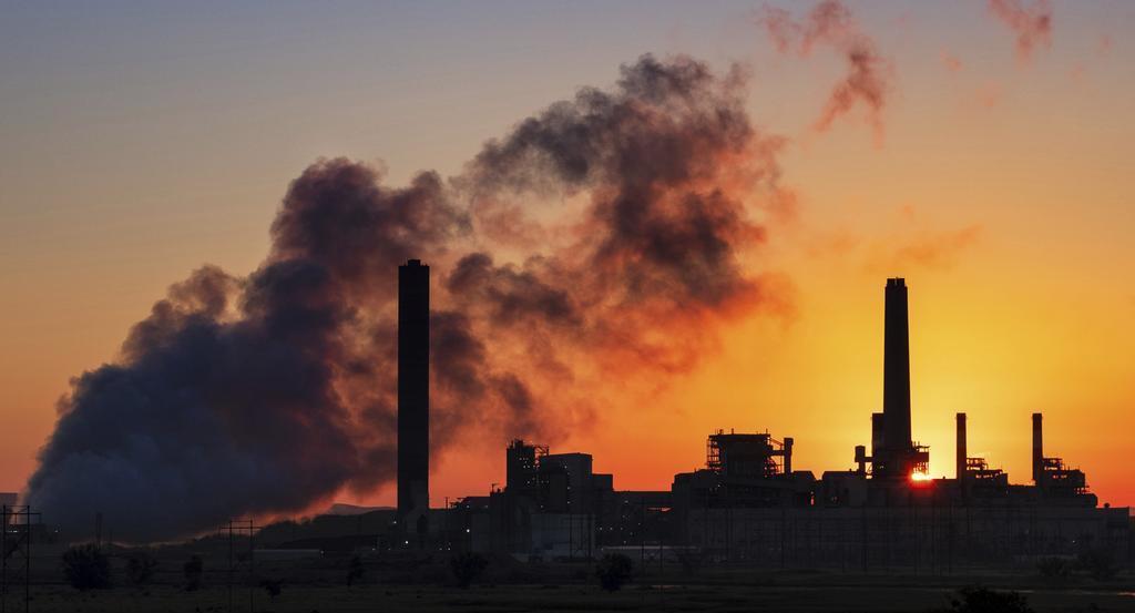 الوكالة الدولية للطاقة تحذر من اتجاه الانبعاثات الكربونية نحو تسجيل مستويات قياسية في 2023