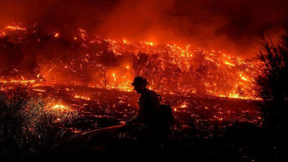إعلان حالة الطوارئ غرب كندا بسبب الحرائق