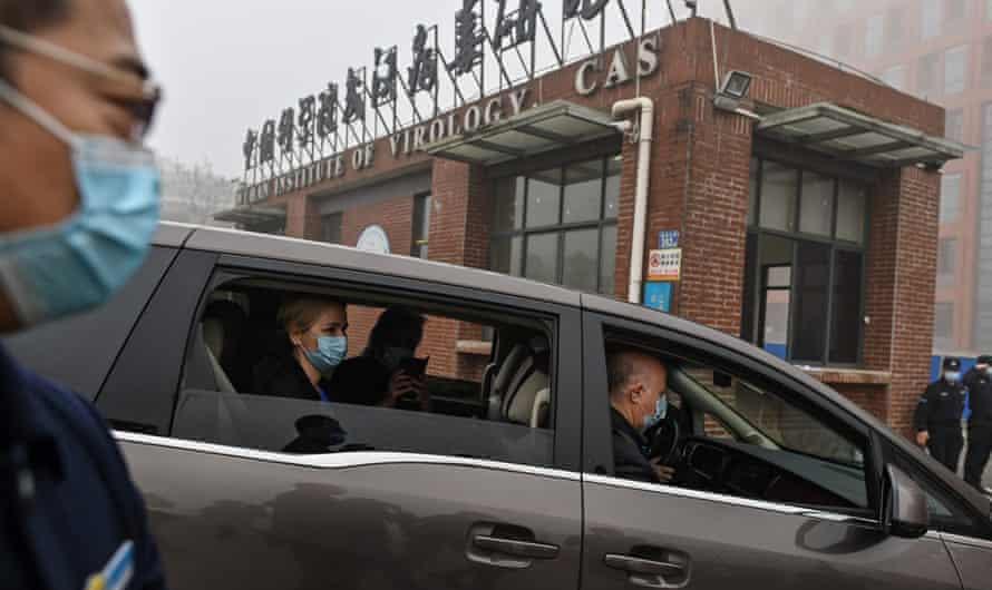 """الصين تشجب """"غطرسة"""" مقترح منظمة الصحة التدقيق في مختبراتها حول منشأ كورونا"""