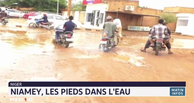 Niger: Niamey, les pieds dans l'eau