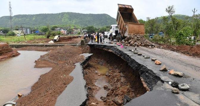 11 قتيلا جراء أمطار موسمية في الهند