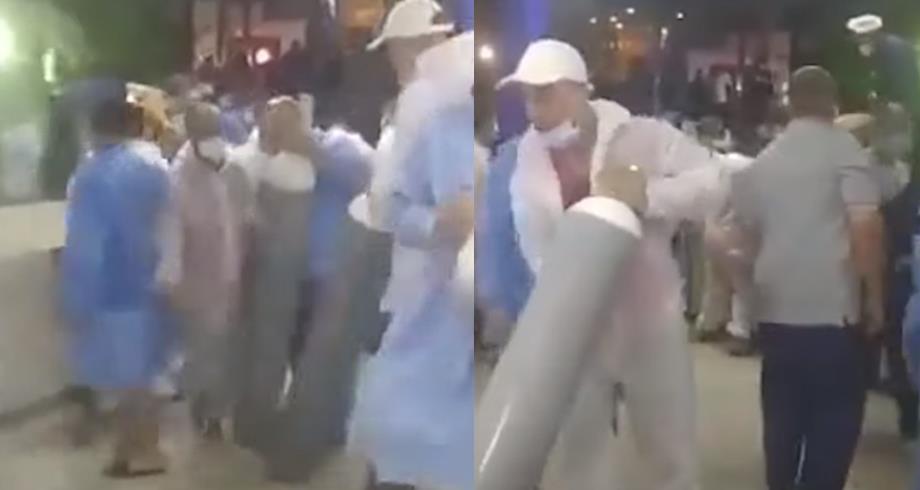 الجزائر.. فوضى عارمة بأحد المستشفيات لحظة وصول قنينات الأكسجين