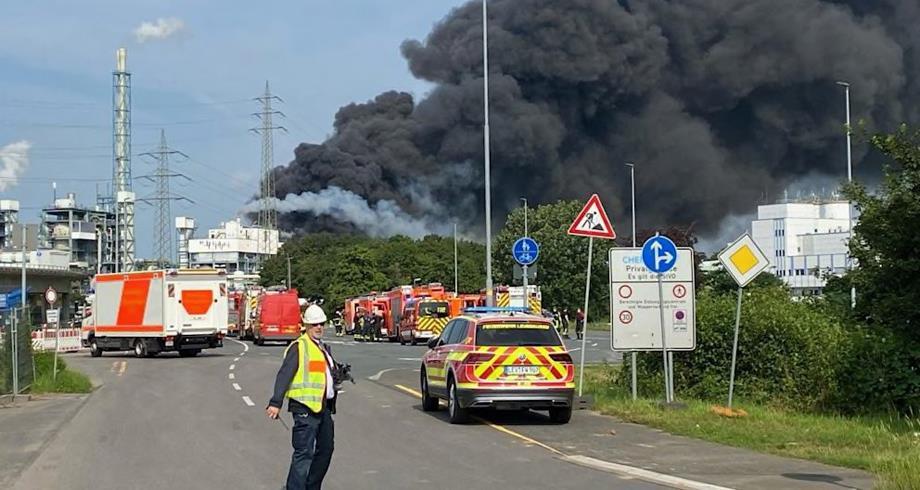 انفجار ضخم يهز منطقة صناعية في ليفركوزن الألمانية