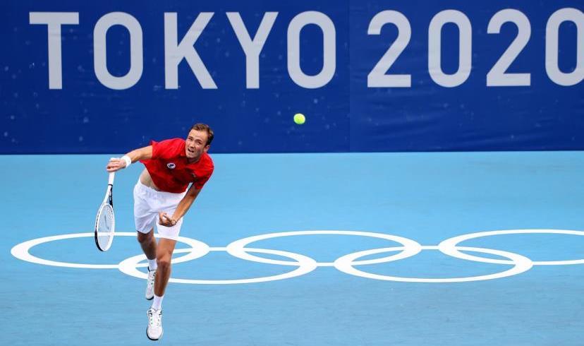 مدفيديف إلى ربع نهائي أولمبياد طوكيو